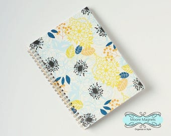 Large Coupon Organizer with 14 Pockets - Pre Printed Labels Included - Wildflowers