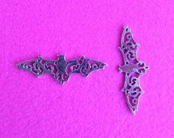 10 Large Silver Flying Bat Abstract Hollow Wings Connector Charms
