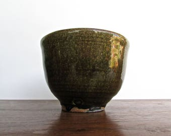 Studio Pottery Moss-Green Deep-Bowl, Hand Crafted w/ Rich-Red Clay