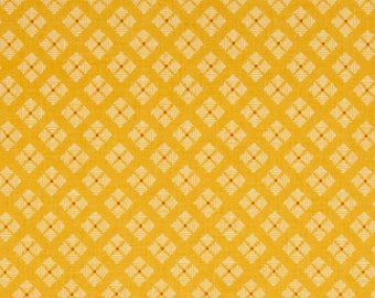 FABRIC Fat Quarter Leaf Stitched Square on Yellow  Fat Quarter    We combine shipping