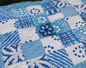 Blue vintage chenille quilt dark blue white fleece