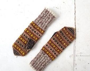 20% off sale Vintage Norwegian Mittens | Wool Mittens | Scandinavian Mittens | M L