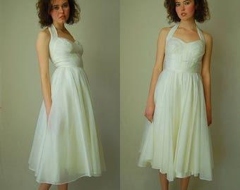 SALE 25% off sundays Halter Party Dress Vintage 50s Ivory Organza Sweetheart Halter Prom Wedding Dress  (xs)