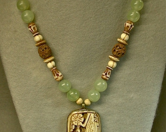 Vintage Chinese Carved Peacock Bone Pendant Hand Knotted Necklace,Vintage Green Serpentine Beads ,Vintage Carved Hedaio Buddha Beads