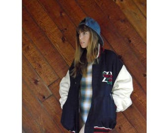 20% off SUMMER SALE. . . Varsity Striped Quilted Wool Letterman Jacket - Vintage 90s - XL