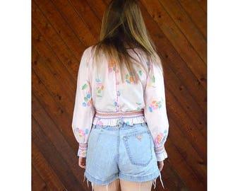 20% off SUMMER SALE. . . Pink Floral Print Festival Crop Top - Vintage 70s - S/M