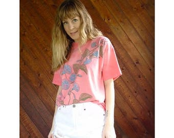 20% off SUMMER SALE. . . Morning Glory Coral Pink s/s Tee - Vintage 80s - S/M