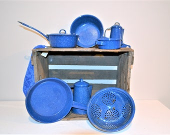 Speckled Blue Estate Enamelware / Graniteware Cook Top and Decor Seven Pieces