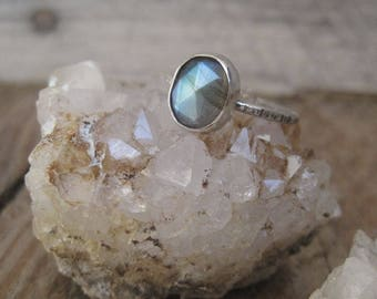 Labradorite Ring, Statement Ring, Stacking Ring, Gift for Her, Cocktail Ring, Sterling Silver Ring, Fall Fashion
