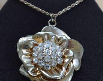 "ON SALE Rhinestone Floral Pendant Necklace, Gold tone, Vintage, 31""-33"" (C17)"