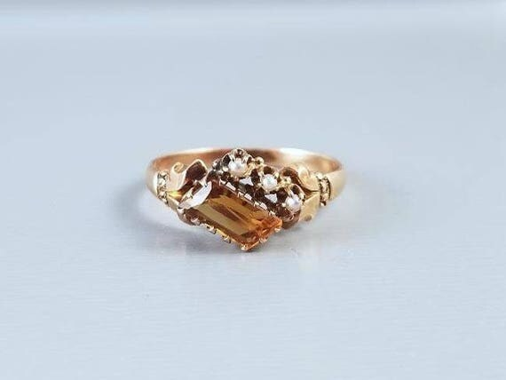 Antique Victorian 10k rose gold asymmetrical golden citrine quartz and seed pearl ring, size 7