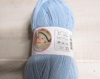 Oxford Bebe Baby Yarn in Baby Blue