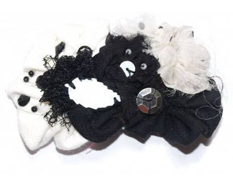 "Decorative hair ""Capernaum"" black and white"
