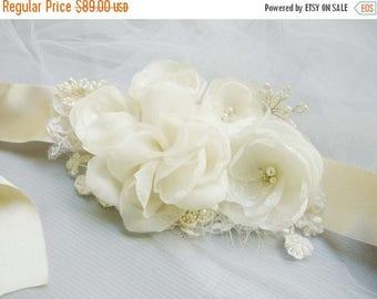 ON SALE 30% OFF Ivory bridal sash, Floral Sash, Lace sash, Bridal Sashes, Wedding Dress Sashes, bridal sash, wedding dress sash, wedding Pho