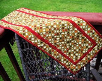 Quilted table runner contemporary modern geometric  circles metallic gold with red trim Quiltsy handmade
