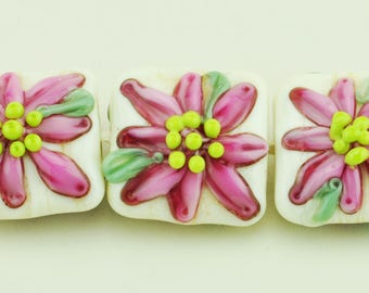 Handmade Lampwork Nugget Bead Set Ivory with Pink Daisy Flowers SRA by HallockGlass