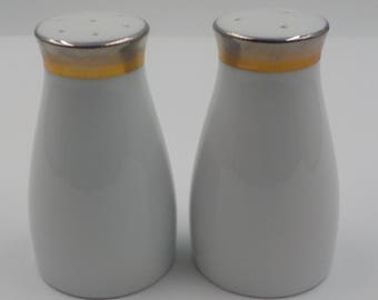 Salt and Pepper Shakers - Porcelain- Vintage- Sleek design - Noritake - Made in Japan