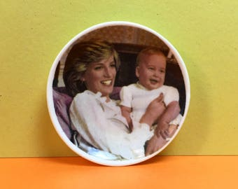 Princess Diana - Prince William - Commemorative Plate - 1st Birthday - Royal Family - Collectible Plate - Finsbury Fine Bone China