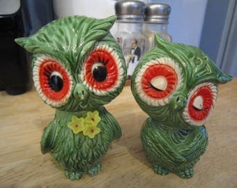 70's Green Big Eyed Resin Owl Salt and Pepper Shakers