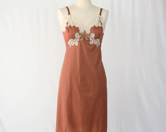 1950s Vintage Chocolate Brown Full Slip / Size 40