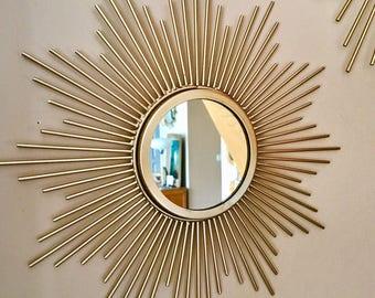 Joli petit miroir métal doré forme soleil vintage style des années 50 60