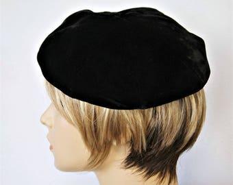 1950's Black Velvet Beret Soft Body Tam Formal Hat Chapeau Mid Century
