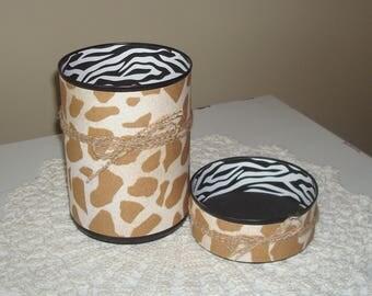 Giraffe Zebra Desk Accessory Set, Giraffe Print Pencil Holder, Animal Print Tin Can Desk Organizer, Office Decor, Gift for Coworker - 965