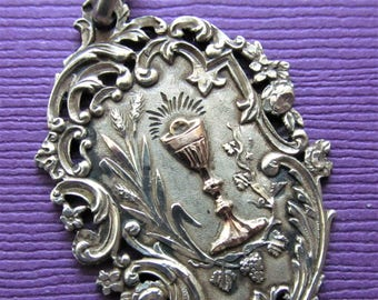 Antique Silver Gold French Eucharist Religious Medal  Holy Communion Pendant Dated 1895   SS-227