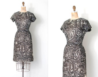 vintage 1960s dress | 60s black and white print woven cotton dress | wiggle dress (small s)
