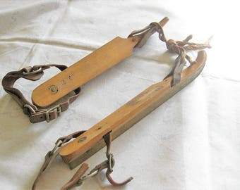 Old Pair of Wood Ice Skates, Leather Straps, Antique Friese Schats Winter Sport Door Decor, Vintage Rustic Cabin Decoration, Paper Label