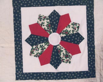 "Christmas Dresden Plate - Quilt Top Only - measures 19"" X 19"""