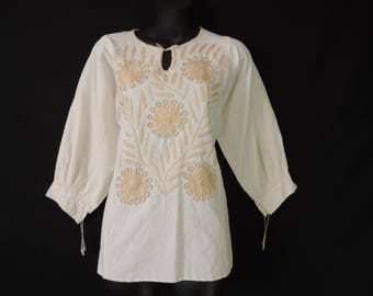 boho embroidered blouse 1970s hippie tan flower tunic 70s floral festival blouse osfm