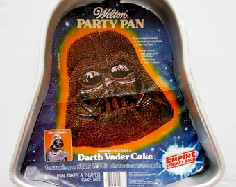 Vintage 1980 Wilton DARTH VADER Cake Pan 502-1409 Party Pan with Color Photo