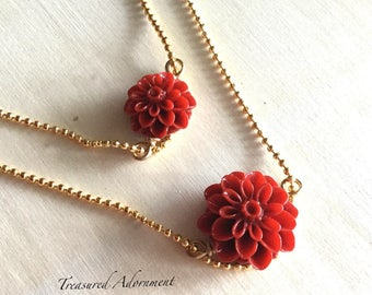 Mommy and Me Necklaces,  Red Mum Flower Necklace set, Mother and Daughter Necklace set, Mommy and Me outfits, matching holiday outfits