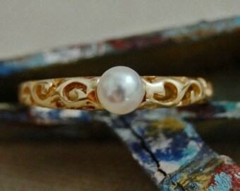 Dielle - SHOP EXCLUSIVE: Petite freshwater pearl ring, gold ring, pearl ring,promise ring,engagemnent,wedding,stacking ring,June Birthday