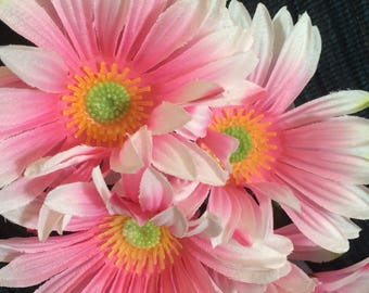 Flower Pen Set of 12 Pink Gerbera Daisies Guest Pen Wedding Bridal Shower Party Favors