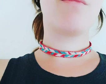 Choker Necklace in Leather & Silk with Chevron Pattern in Red and Turquoise