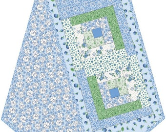 Berries and Blossoms Table Runner KIT - Blue Green Log Cabin Table Runner Kit - Maywood Studios Pod - POD-MAS01-Bab