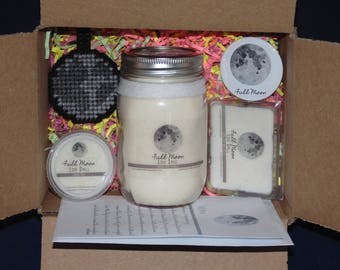 Moon Phase Gift Set, FULL MOON, Soy Candle, Wax Melts, Keychain, Birthday Card, Button Pin , Luna Llena
