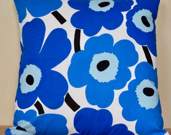 "18""x18"" Marimekko Pillow Cover. Handmade. Pattern: Unikko by Maija Isola. (45x45)"