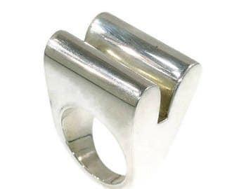 ON SALE Modern Geometric Silver Ring by Chris Steenbergen