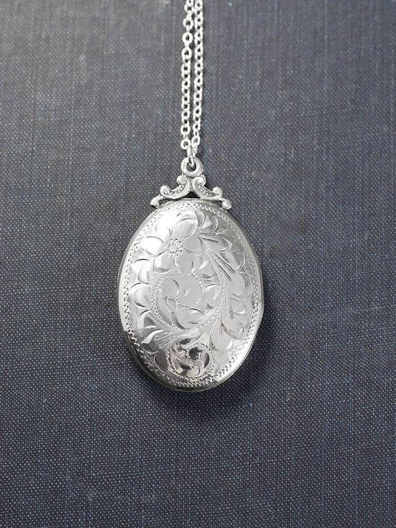 Sterling Silver Locket Necklace, Vintage Floral Greenery Engraved Large Oval Photo Pendant - Nostalgic