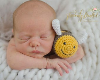 Bumble Bee baby rattle crochet toy - organic cotton - golden yellow and brown