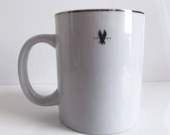 American Airlines First Class Coffee Mug by AMKO