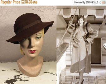 WW2 ENDS SALE Disembarking the Queen Mary - Vintage 1930s Espresso Brown Wool Felt Slouch Hat