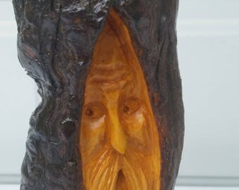 Mellow Old Wood Spirit Santa Carving (Free Shipping!)