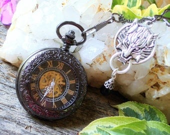 Lone Wolf Gunmetal Black Skeleton Pocket Watch - Wolf Pack, Leader of the Pack, Feral Wolf, Mechanical Movement, Skeleton Dial   C 6-16