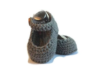 Mary Jane Knitted Baby Shoes in Charcoal Grey Merino Wool