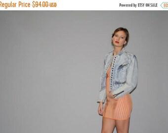 On SALE 35% Off - Vintage 80s Studded Acid Wash Denim Jean Jacket  -  1980s Vintage Denim Jacket  -  Vintage Chemical Wash Jean Jackets  - W