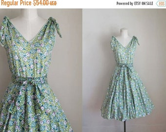 AWAY SALE 20% off vintage 1950s dress - ANEMONE pink & green floral sundress / Xs-S